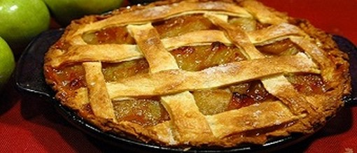 Mom's Apple Pie | COCTIONE