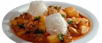 Bolivian Spicy Chicken (Picante de Pollo)