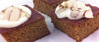 Paleo Pumpkin Gingerbread Cake With Maple-Vanilla Frosting