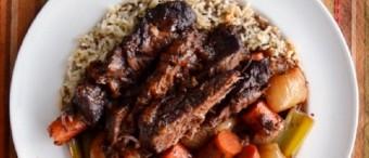 Carne a la cacerola con verduras