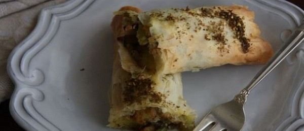 Börek stuffed with Potatoes, Onions and Fennel